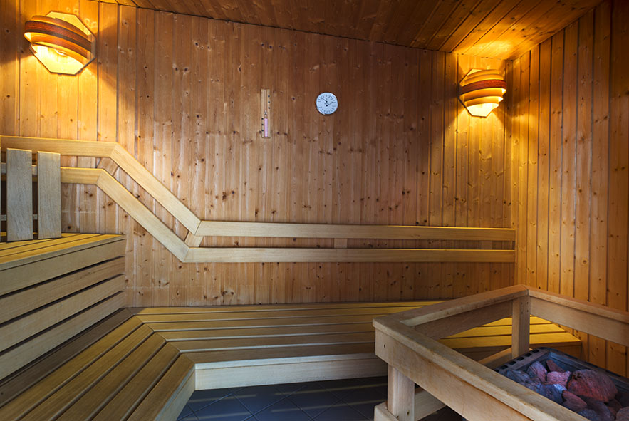 finnen sauna great with finnen sauna finnische sauna sarnia plus cm x cm inkl kw harvia ofen. Black Bedroom Furniture Sets. Home Design Ideas