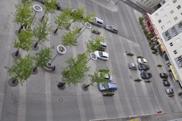 parken vor der Hoteltür