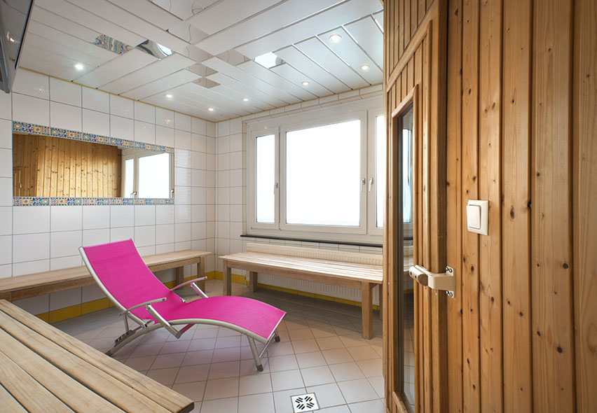 die kleine sauna im hotel city in villach entspannung pur. Black Bedroom Furniture Sets. Home Design Ideas